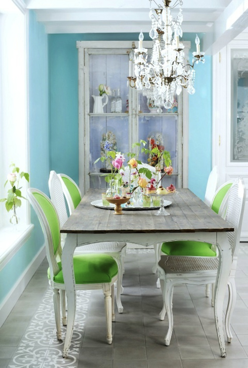 10-decorating-ways-to-make-your-dining-room-feel-fresh-7 Dining Room 10 Decorating Ways to Make Your Dining Room Feel Fresh 10 decorating ways to make your dining room feel fresh 7