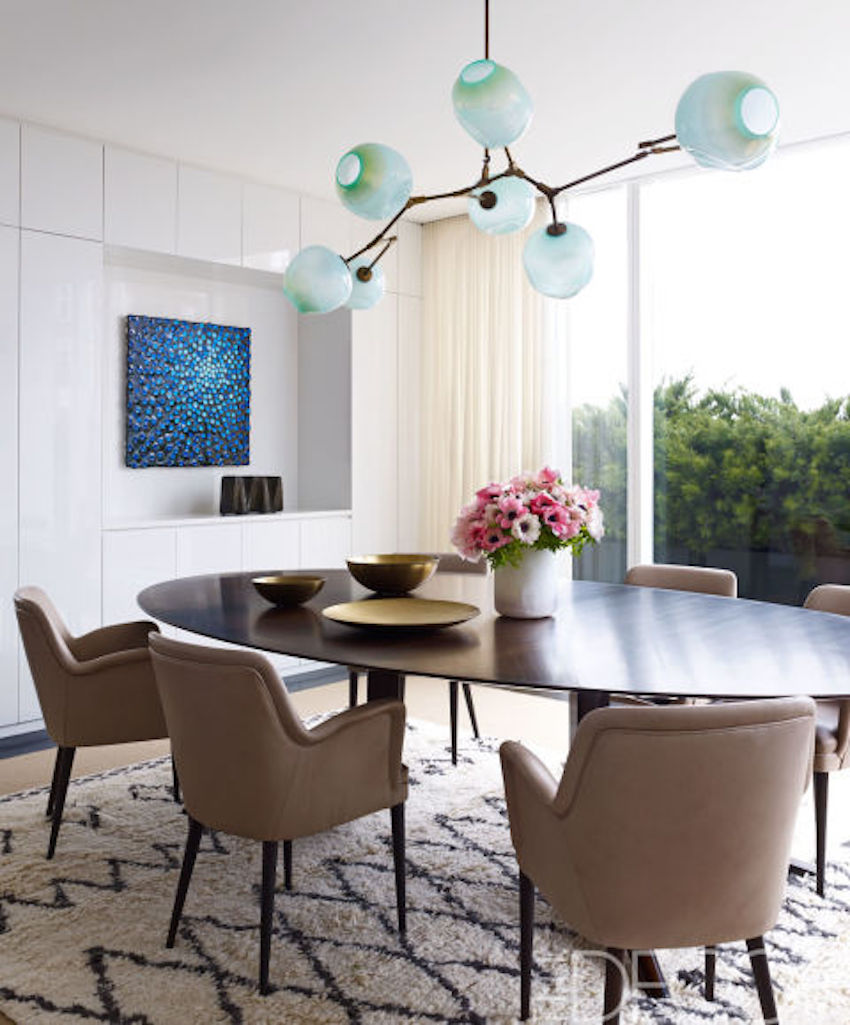 10 Amazing Dining Room Ideas to Inspire You. To see more Modern Dining Tables ideas visit us at www.moderndiningtables.net #diningtables #homedecorideas #diningroomideas