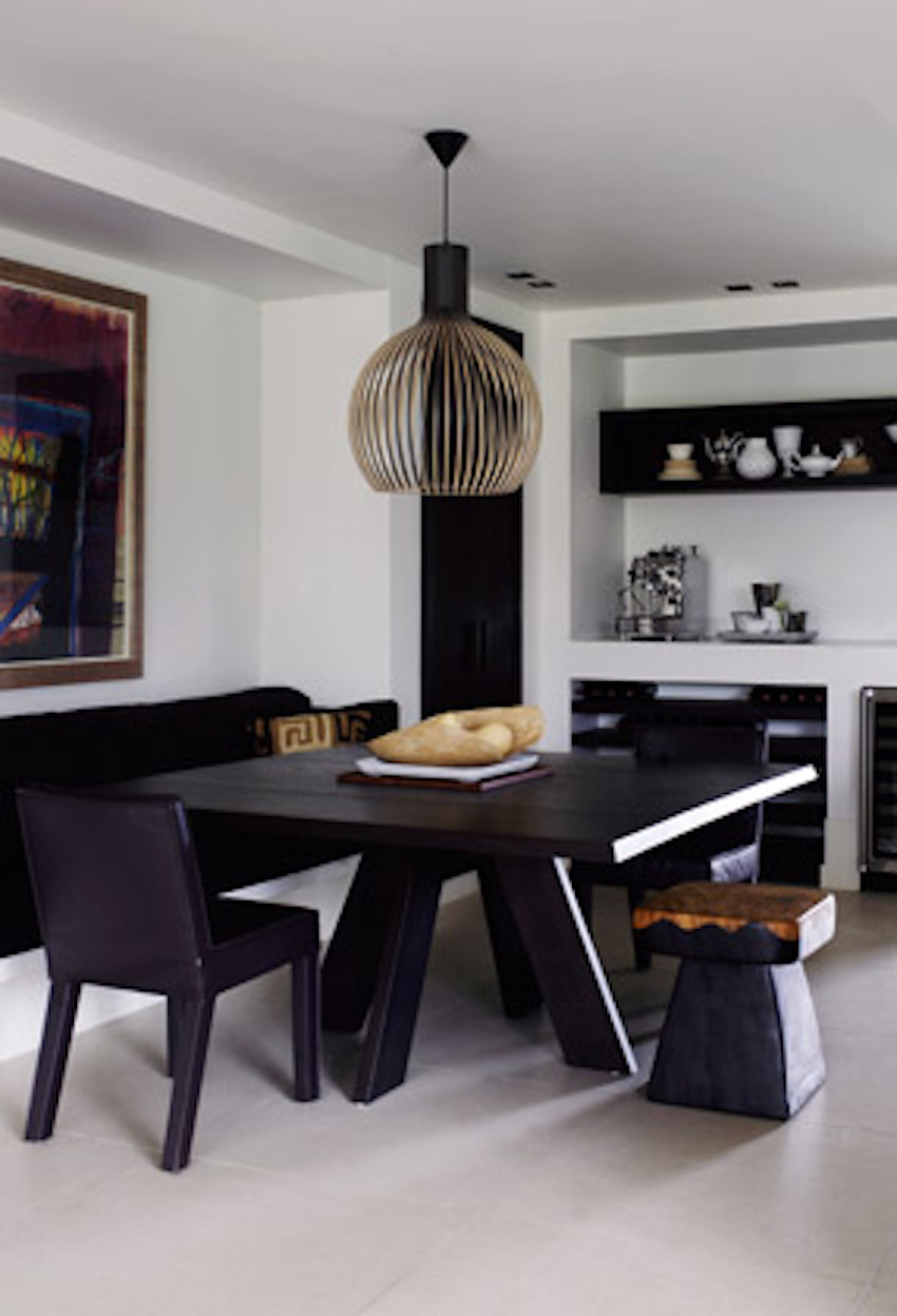 Restaurant Furniture Brands : Modern dining tables from top luxury furniture brands