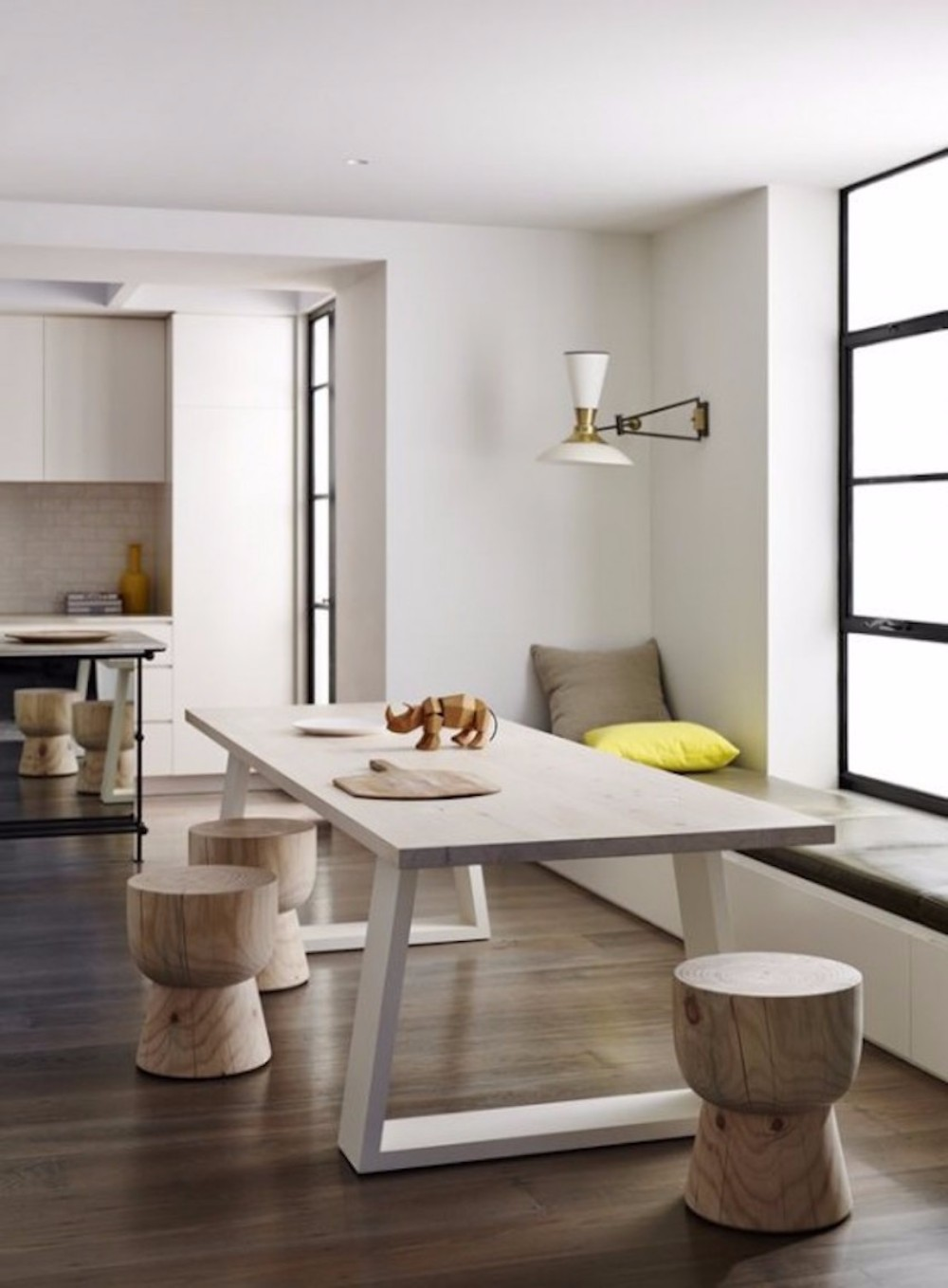 minimalist 20 Timeless Minimalist Dining Rooms with Modern Dining Tables 25 timeless minimalist dining rooms with modern dining tables 6