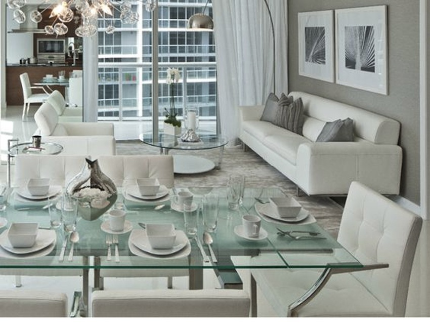 Glass Dining Tables  glass dining tables Amazing Modern Glass Dining Tables top 10 modern glass dining tables 4