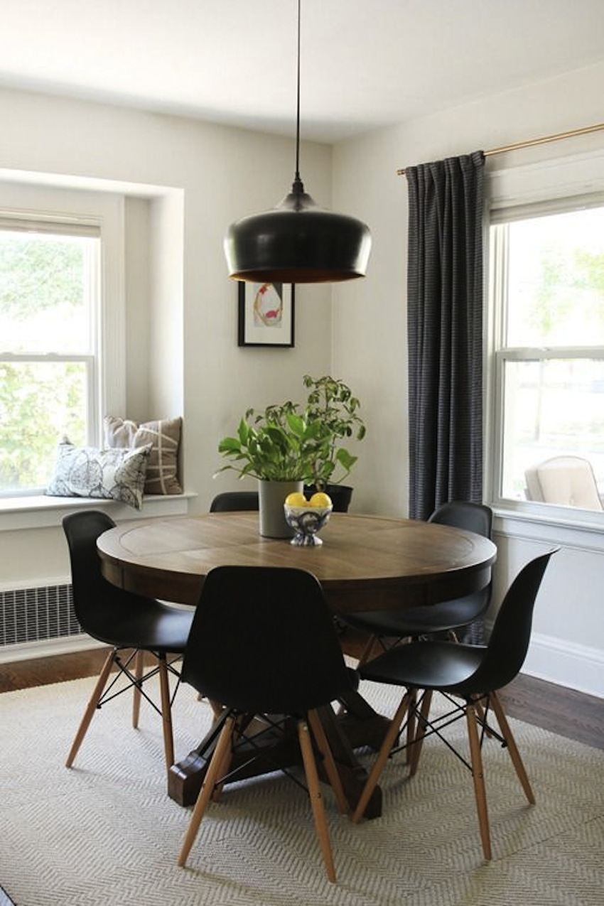 Top 10 modern round dining tables for Modern dining room table sets