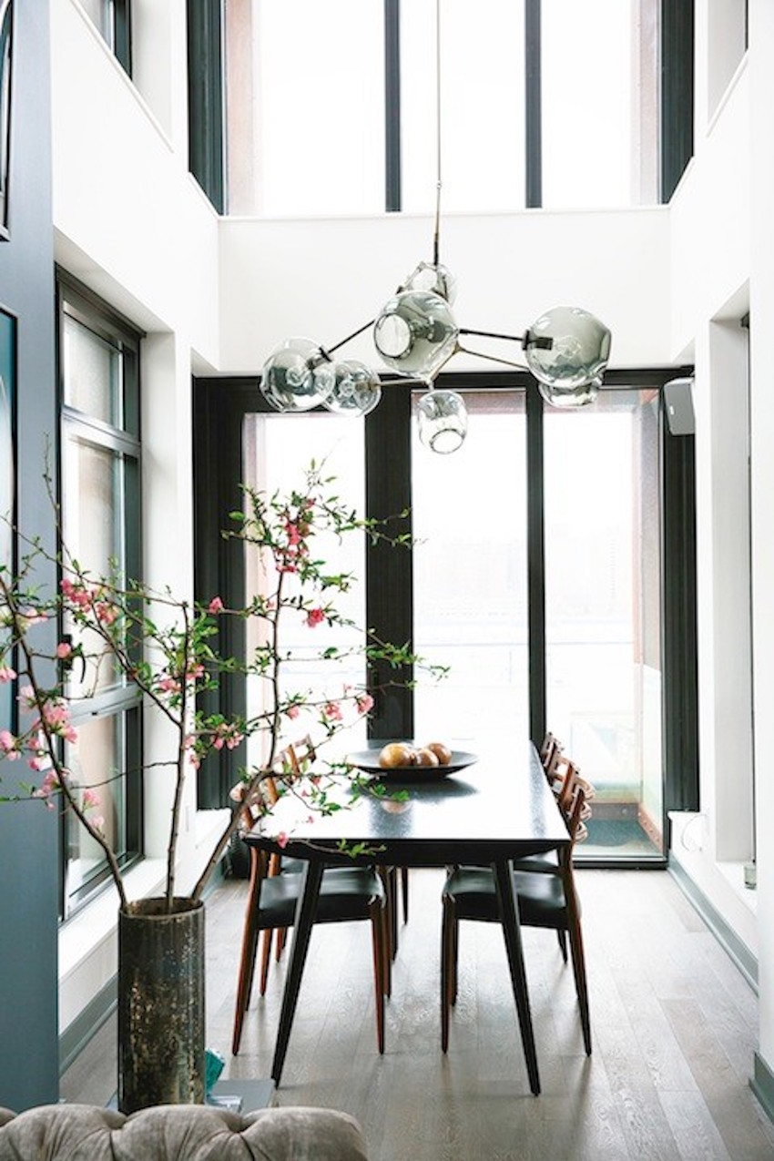 10 narrow dining tables for a small dining room for Small modern dining room