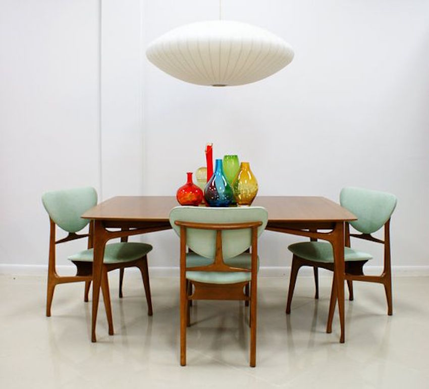 Mid century dining set mid century modern dining room for Mid century modern dining rooms