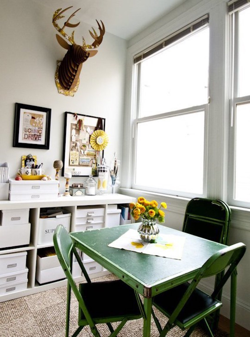 5 golden rules to create beautiful small dining rooms - Dining room table small space collection ...