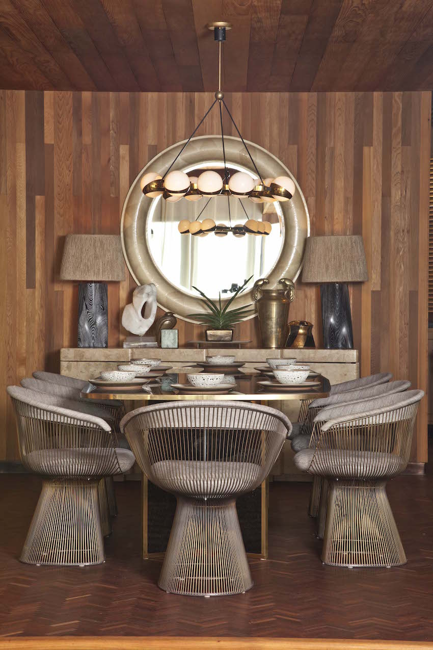 9 Fabulous Dining Room Ideas by Kelly Wearstler ➤ Discover the season's newest designs and inspirations. Visit us at www.moderndiningtables.net #diningtables #homedecorideas #diningroomideas @ModDiningTables dining room ideas 9 Fabulous Dining Room Ideas by Kelly Wearstler 9 Fabulous Dining Room Ideas by Kelly Wearstler 3