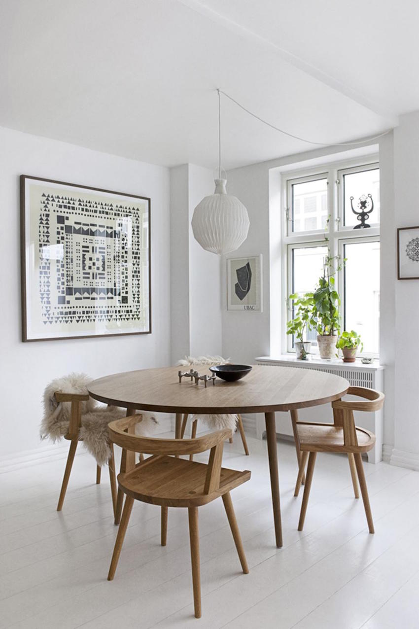 15 inspiring small dining table ideas that you gonna love for Small modern dining room
