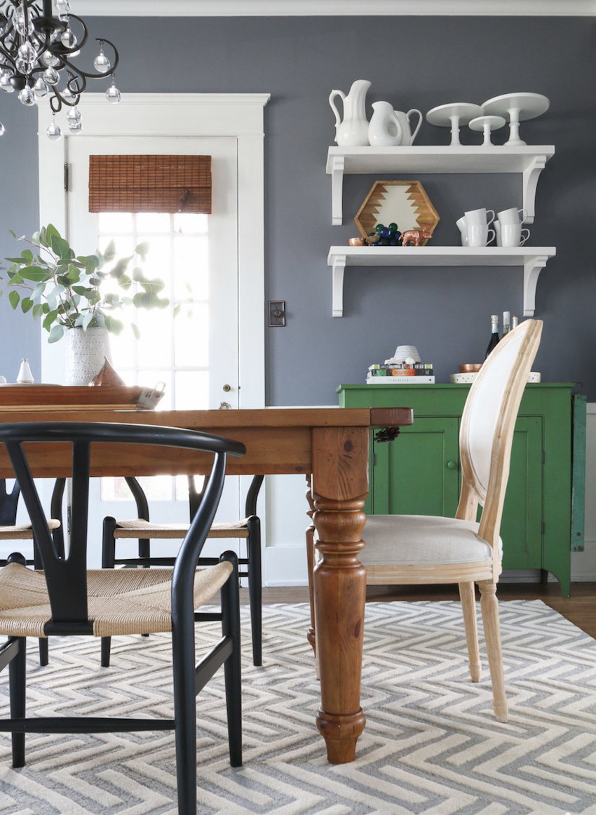 10 Amazing Tips to Make Dining Rooms More Inviting ➤ Discover the season's newest designs and inspirations. Visit us at www.moderndiningtables.net #diningtables #homedecorideas #diningroomideas @ModDiningTables