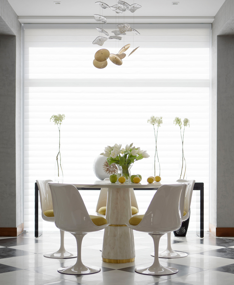Modern dining keeping it simple for Modern dining table decoration ideas