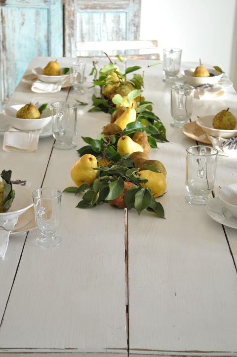 fall-centerpiece-pears centerpiece 10 Fall Centerpieces for your Dining Room fall centerpiece pears 1