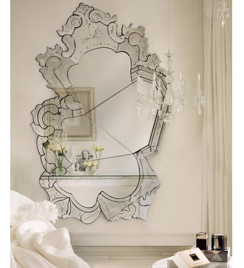 1-venice mirror The Best Mirrors for Your Dining Room 1 venice