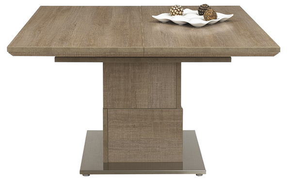 6-gautier-setis square oak dining tables 10 Fabulous Square Oak Dining Tables 6 Gautier Setis