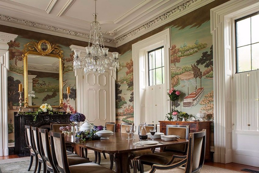 custom-gracie-studio-wallcovering-is-the-showstopper-in-this-elegant-dining-room victorian 10 Superb Victorian Dining Rooms  Custom Gracie Studio Wallcovering is the showstopper in this elegant dining room