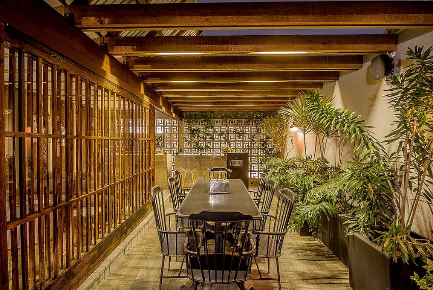 tropical tropical Tropical Dining Room Ideas Exquisite tropical dining room brings outdoors inside