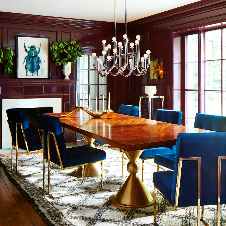 10 outstanding dining room tables by top luxury brands for Best modern dining rooms
