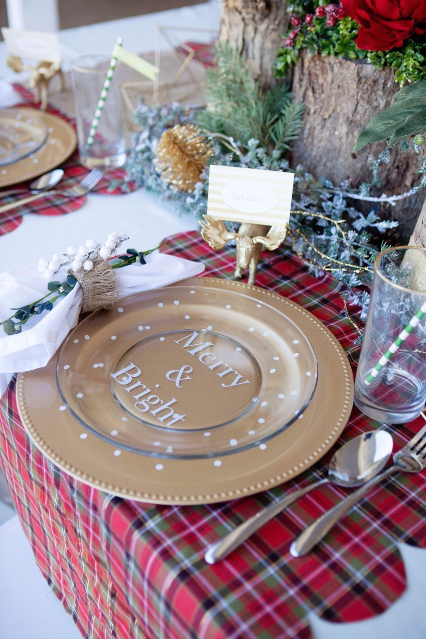 holiday-plaid-table