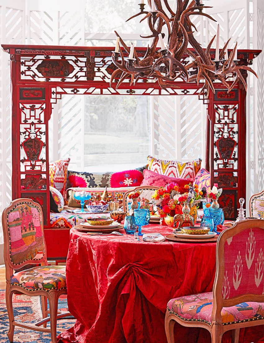 valentine How to decorate your dining room for Valentine's Day 1425501961 hbx michelle nussbaumer tablescape 0315