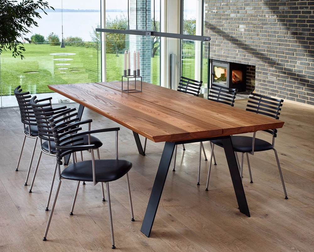 oak dining table 10 Oak Dining Tables that you need for your Dining Room 008
