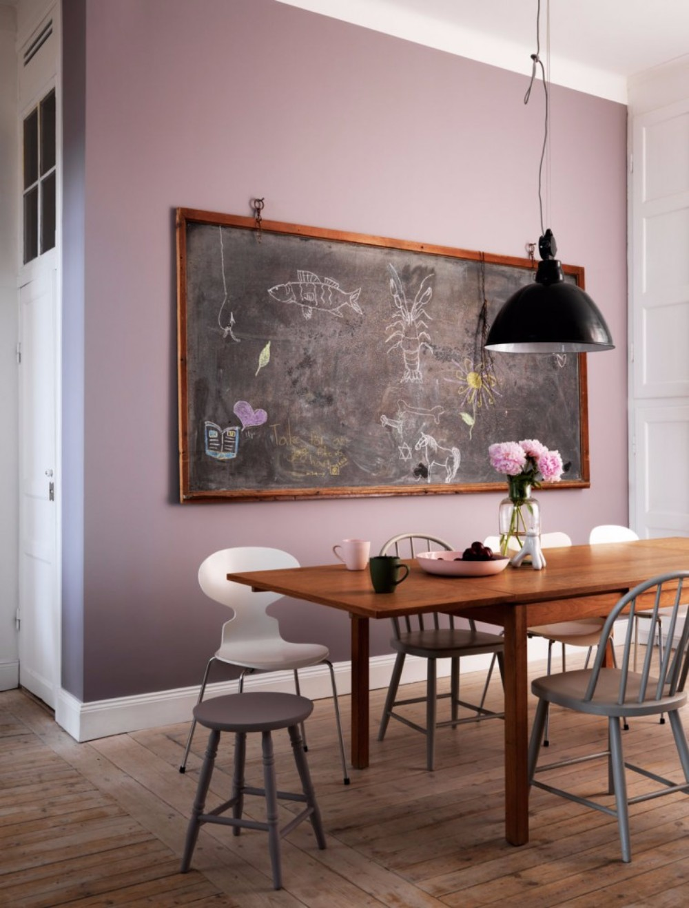 chalkboard 10 Chalkboard Dining Room Designs 2012 05 24 J77 0008 0111