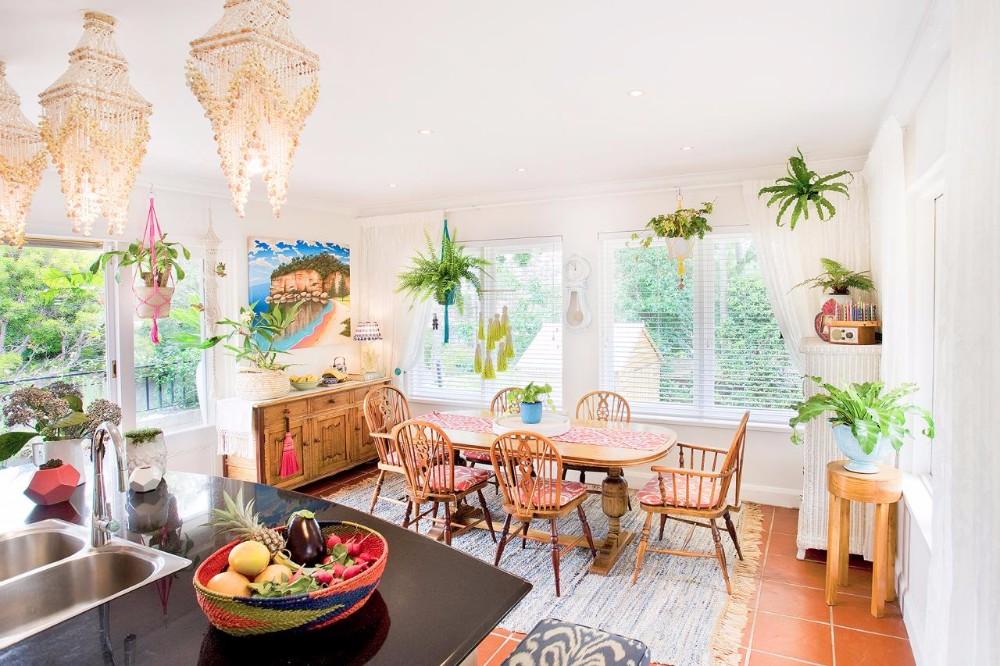 boho chic 25 Boho Chic Dining Room Designs That Will Inspire You 25 boho chic dining room designs that will inspire you 12