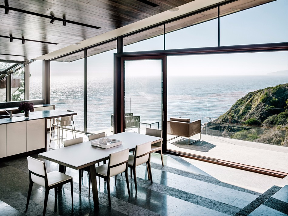 dining room 10 Dining Rooms With A Picturesque Ocean View 5353432ec07a809c1a0000b3 buck creek house fougeron architecture fougeronbigsur 8 91265
