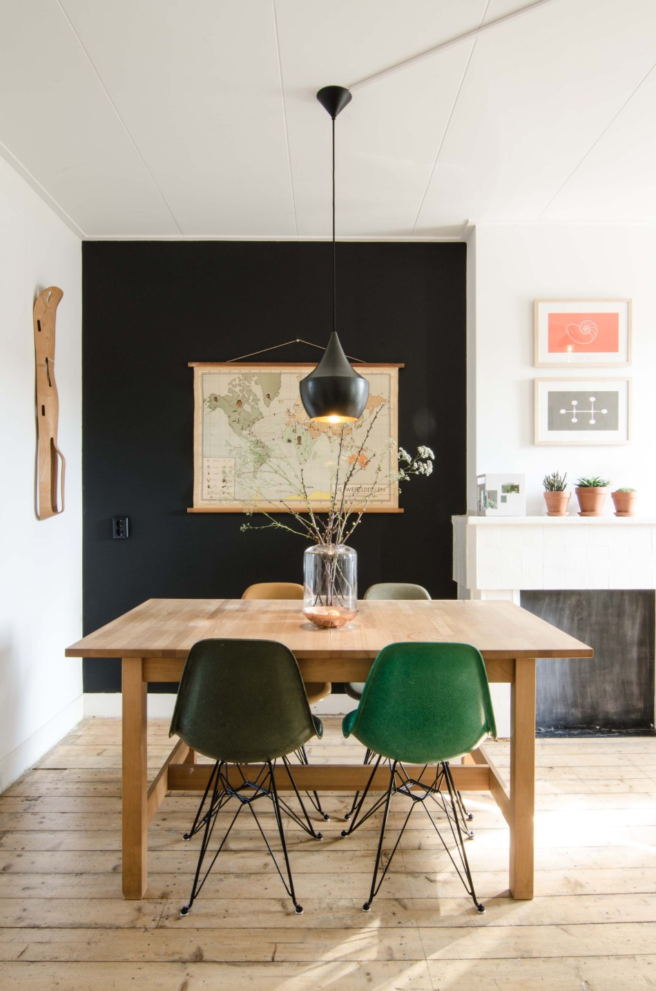 dining table How To Mix and Match Chairs With Your Dining Table 5abd0d1f1a5a16bbb62b0bd5da0c2b97 1