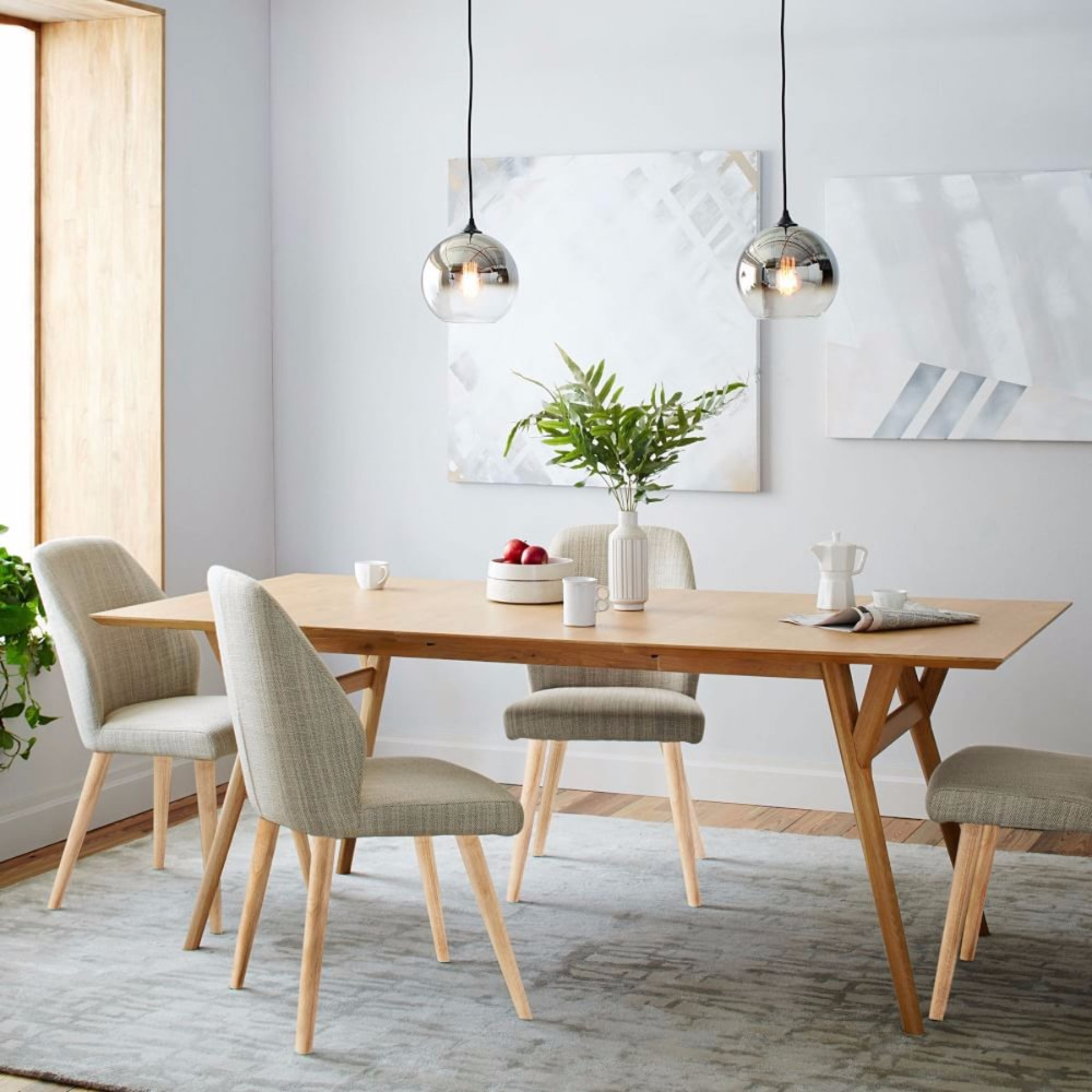 10 oak dining tables that you need for your dining room for Mid century modern dining table