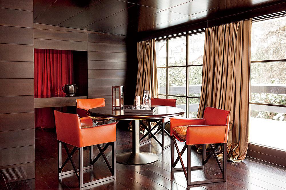 celebrity dining room 10 Celebrity Dining Rooms That You Will Love armani