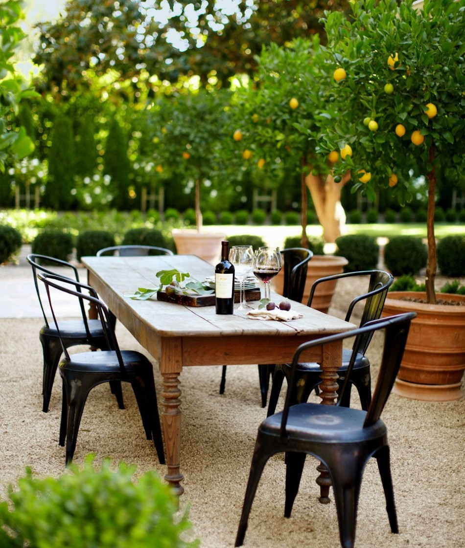 striking outdoor dining room ideas