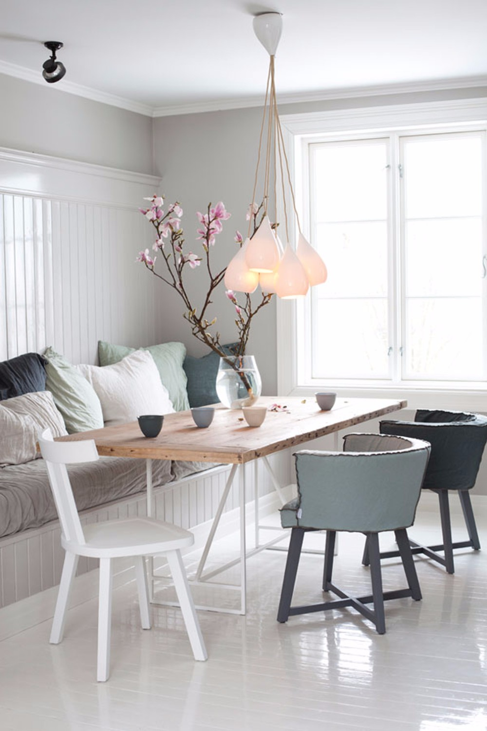gray Gray and Wood: A Match Made in Design Heaven for your Dining Room ch CL 26