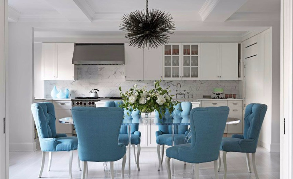 dining room 15 Best Colors for Dining Rooms cocina con mesa metacrilato y sillas tapizadas en azul