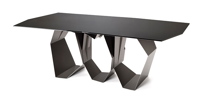 ronda design ronda design Discover the Sculptural Table by Ronda Design quasimodo table ronda design 2