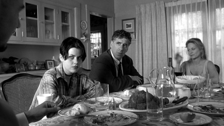 movie scene 10 Memorable Movie Scenes Set At The Dining Table Cutter1