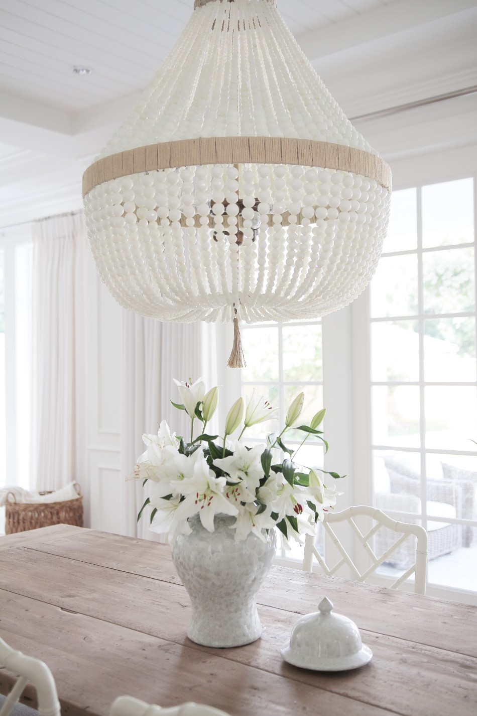 amazing chandelier Amazing Chandelier Give Light To Your Dining Room With These Amazing Chandeliers IMG 3698