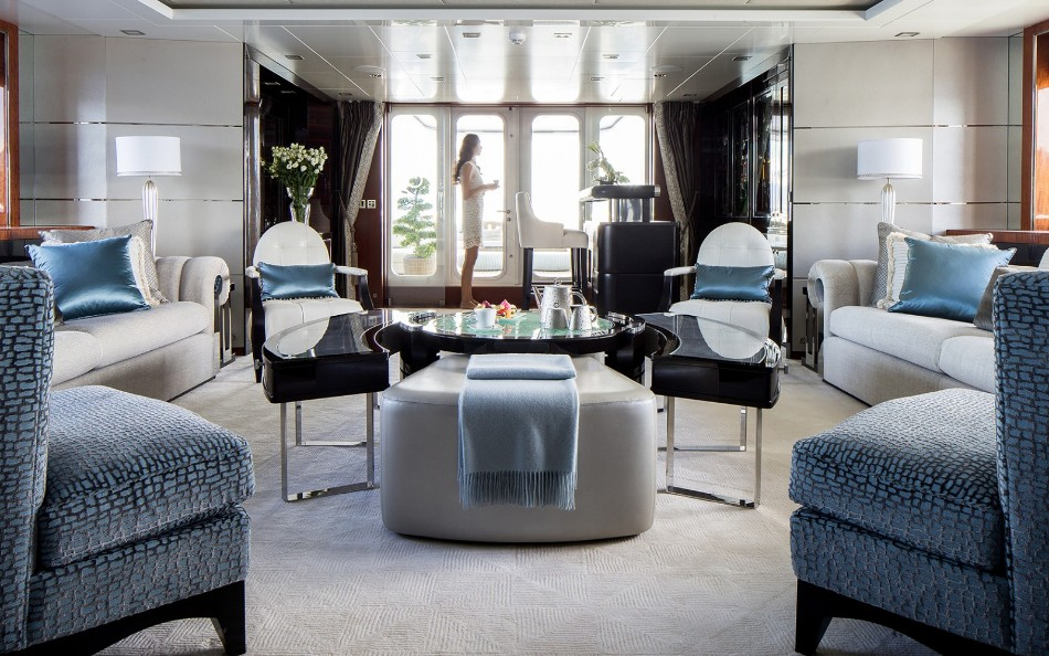 yacht dining table Get Amazed With These Luxurious Yacht Dining Tables Main Saloon