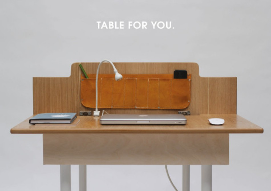 adaptable dining table A Modern Adaptable Dining Table Table For Two Daniel Liss 3a