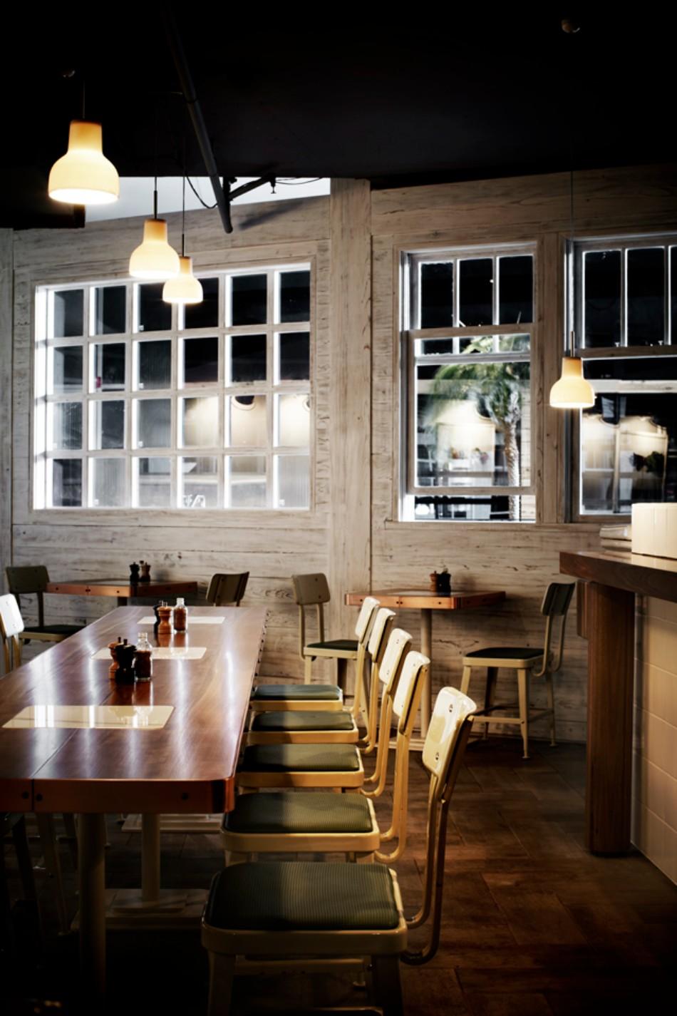 Restaurants We Love Cozy Dining Area Designed by Hassell Studio | www.bocadolobo.com #interiordesign #restaurants #roomdesign #diningroom #thediningroom #hassell #topinteriordesigners #famousinteriordesigners #interiordesigners #moderndiningtables #moderndiningchairs #diningchairs @moderndiningtables