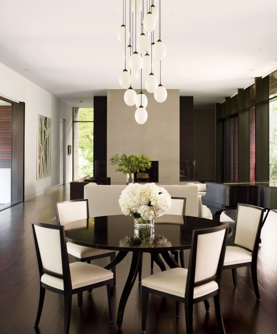 Statement Pieces 15 Round Dining Tables | www.bocadolobo.com #moderndiningtables #roundtables #diningroom #thediningroom #diningarea #statement @moderndiningtables statement pieces Statement Pieces: 15 Round Dining Tables Statement Pieces 15 Round Dining Tables 12