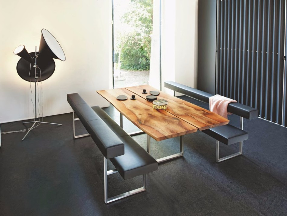Summer Trends Combine your Rusty Table With Modern Dining Chairs | www.bocadolobo.com #interiordesign #diningtables #moderndiningchairs #rustytables #diningroom #thediningroom #diningarea #roomdesign #rustylook #diningroomdesign @moderndiningtables