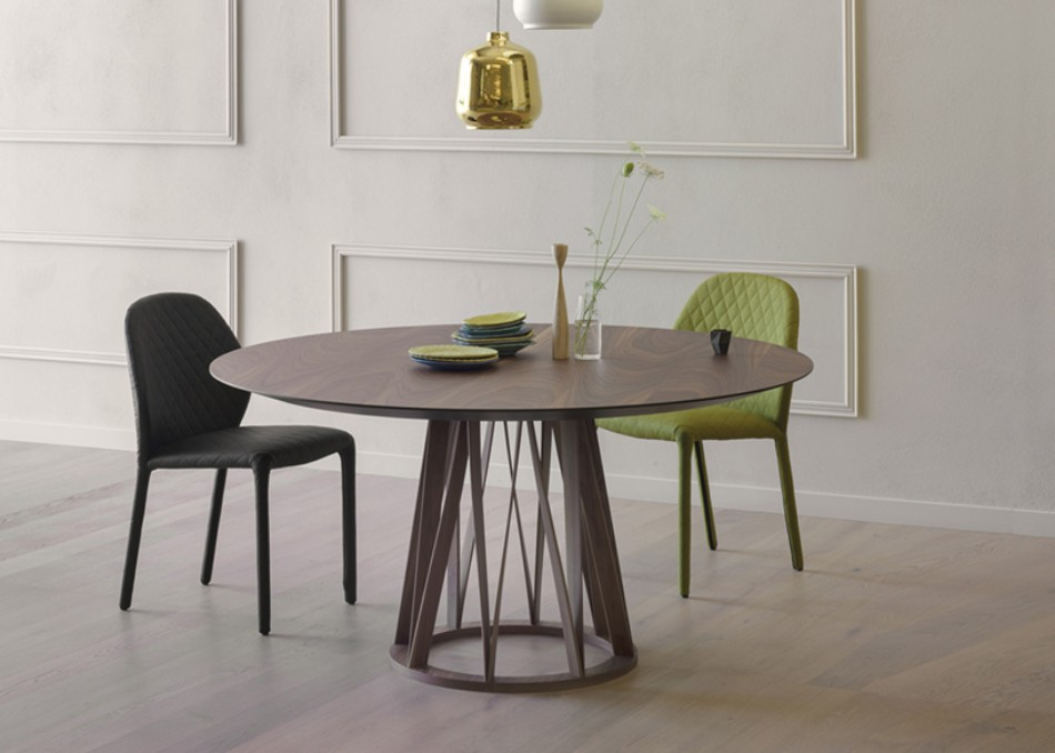 These Modern Dining Tables Are Inspired By Meter Sticks | www.bocadolobo.com #diningroom #diningarea #thediningroom #diningtable #interiordesign @moderndiningtables Modern Dining Table These Modern Dining Tables Are Inspired By Meter Sticks These Modern Dining Tables Are Inspired By Meter Sticks 2
