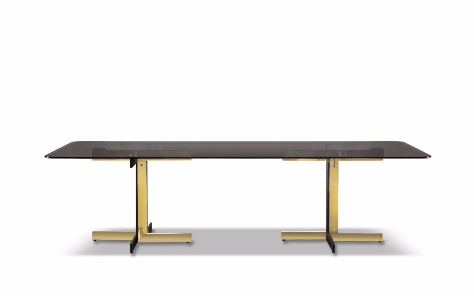 Top 10 Luxury Dining Tables That Speak For Themselves | www.bocadolobo.com #moderndiningtables #luxurydiningtables #luxurytables #exclusivedesign #productdesign #interiordesign #famousbrands #luxurybrands #italianbrands #bestbrands #diningroom #thediningroom #diningarea #diningareadesign #tables luxury dining tables Top 10 Luxury Dining Tables That Speak For Themselves Top 10 Luxury Dining Tables That Speak For Themselves 8