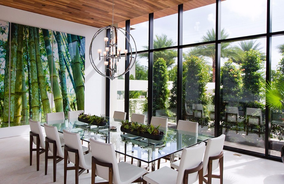 10 Beautiful Glass Dining Tables (Part II) | www.bocadolobo.com #glass #moderndiningtables #exclusivedesign #diningroom #thediningroom #diningarea #diningareadesign #luxurybrands @moderndiningtables glass dining tables 10 Beautiful Glass Dining Tables (Part II) 10 Beautiful Glass Dining Tables Part II 12