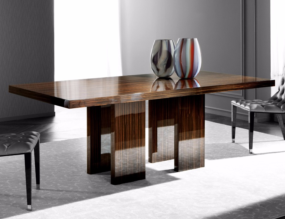 How to choose the perfect dining table for luxury dining rooms for Expensive dining tables