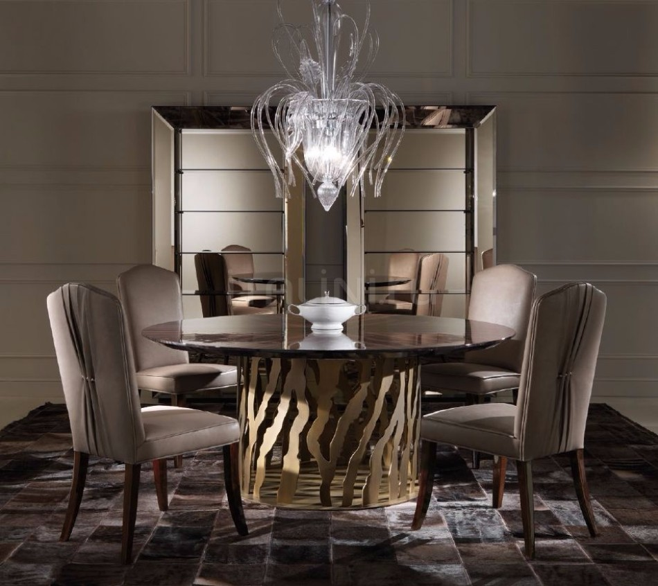 How to Choose the Perfect Dining Table for Luxury Dining Rooms | www.bocadolobo.com #diningtables #moderndiningtables #diningroom #thediningroom #diningarea #diningareadesign #roomdesign #interiordesign #gold #interiordesigners #famousbrands #luxurybrands @moderndiningtables luxury dining rooms How to Choose the Perfect Dining Table for Luxury Dining Rooms How to Choose the Perfect Dining Table for Luxury Dining Rooms 9