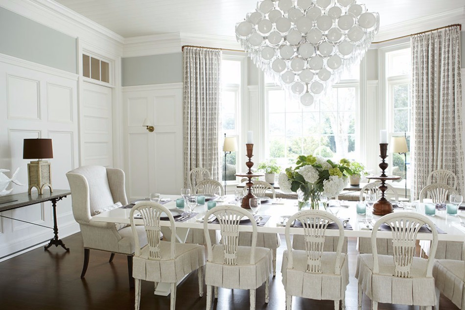 10 Brilliant Ideas Of All-White Dining Areas | www.bocadolobo.com #moderndiningtables #diningarea #thediningarea #diningareadesign #white #luxury #allwhite #interiordesign #homedecorideas @moderndiningtables Dining Room 10 Brilliant Ideas Of All-White Dining Rooms 10 Brilliant Ideas Of All White Dining Rooms 2