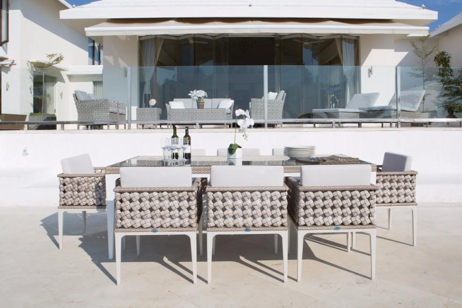 10 Exhibitors You Can't Miss At ICFF Miami | www.bocadolobo.com #miami #diningroom #thediningroom #moderndiningtables #diningtables #diningareas #designfest #miamidesignfestival #luxurybrands #fendicasa #fendi @moderndiningtables