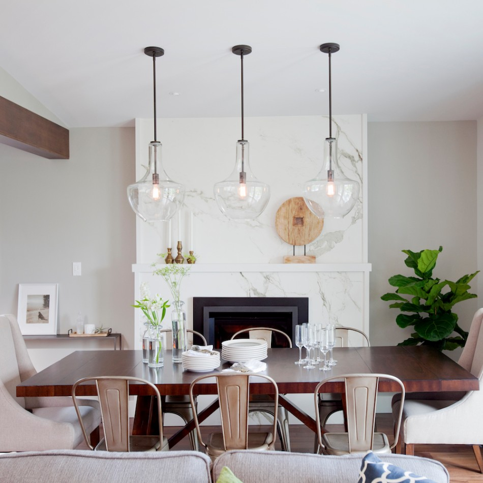 The Best Tips On How To Light a Dining Room | www.bocadolobo.com #moderndiningtables #diningroom #thediningroom #diningarea #diningtables #exclusivedesign #luxuryfurniture #lighting #luxurylighting #lightingtips @moderndiningtables dining room The Best Tips On How To Light a Dining Room The Best Tips On How To Light a Dining Room 9