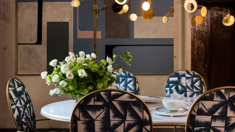 The Dining Chairs You Need To See From Rossana Orlandi's Room Design | www.bocadolobo.com #moderndiningtables #diningroom #thediningroom #diningarea #interiordesign #diningchairs #roomdesign #exclusivedesign #tables #chairs @moderndiningtables rossana orlandi The Dining Chairs You Need To See From Rossana Orlandi's Room Design The Dining Chairs You Need To See From Rossana Orlandis Room Design 1