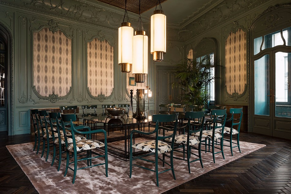 Amazing Dining Tables Choices By Top Interior Designers Worldwide | www.bocadolobo.com #moderndiningtables #diningroom #diningroomdesign #diningarea #thediningroom #luxurybrands #topinteriordesigners #famousinteriordesigners #bestinteriordesigners #luxurybrands #interiordesign #exclusivedesign @moderndiningtables top interior designers Amazing Dining Rooms By Top Interior Designers Worldwide f2 dimorestudio fendi palazzo prive dining room yatzer