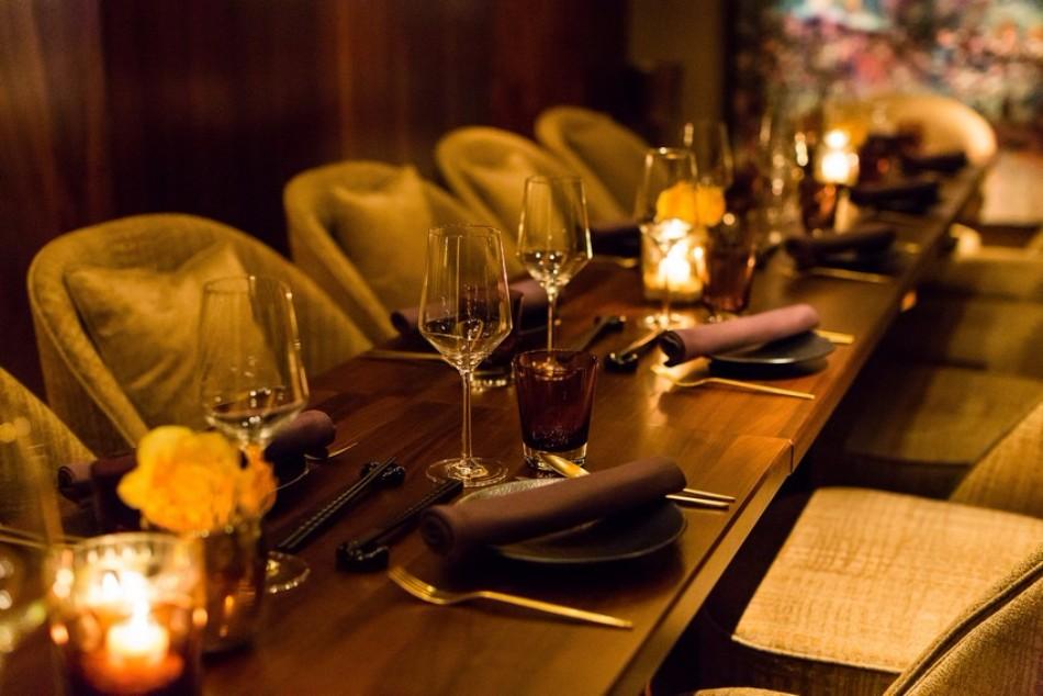 The Stunning Interior Design of the Luxury Restaurant Nikkei Nine | www.bocadolobo.com #interiordesign #homedecorideas #decorations #homedecor #luxurybrands #luxuryrestaurants #exclusivedesign #restaurants #luxury @homedecorideas luxury restaurant The Stunning Interior Design of the Luxury Restaurant Nikkei Nine The Stunning Interior Design of the Luxury Restaurant Nikkei Nine 6